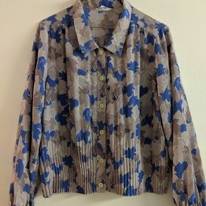 Patterned cropped  button up blouse